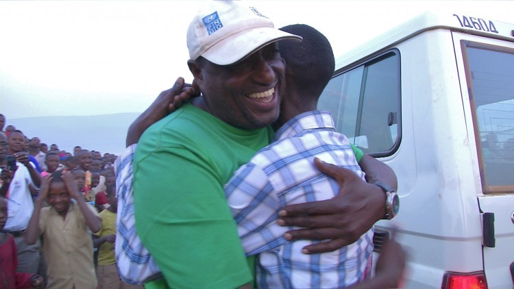 Ruanda / Burundi: separadas por la violencia - familias burundesas se reencuentran