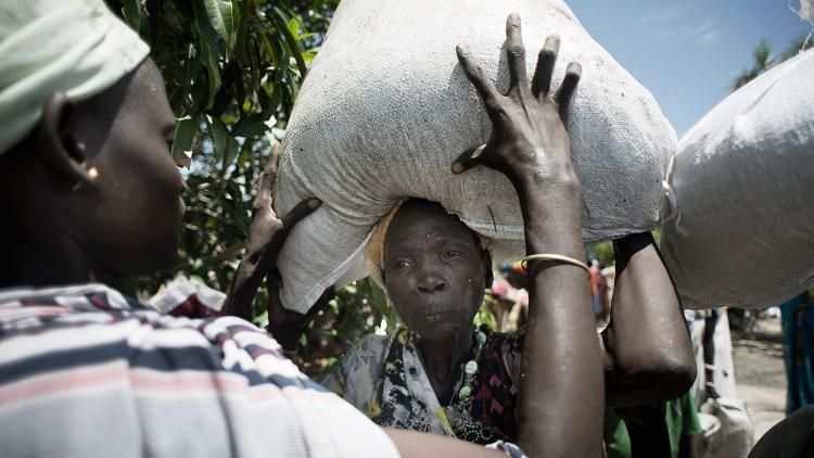 Южный Судан: сотни тысяч людей испытывают серьезную нехватку продовольствия