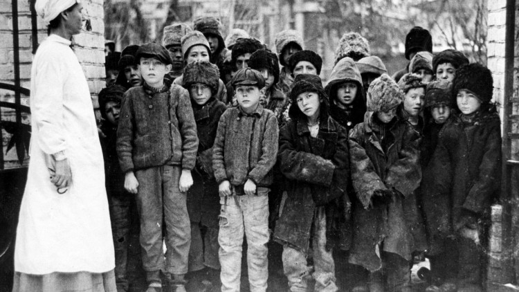 Photos d'archives : les enfants dans la guerre