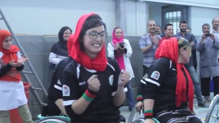 Afeganistão: triunfo feminino no campeonato de basquete em cadeira de rodas