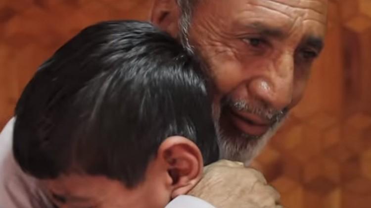Afganistán/Pakistán: la angustia de unos padres se hace felicidad al recuperar a sus hijos