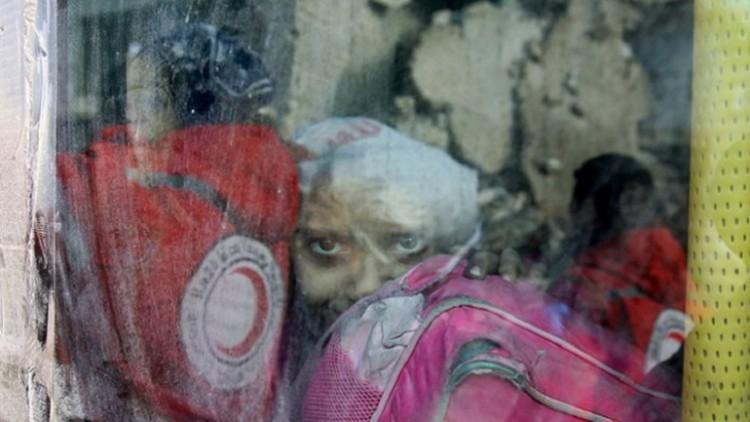Crescente Vermelho Árabe Sírio e CICV finalizam evacuação de cerca de 35 mil pessoas dos bairros destruídos de Aleppo