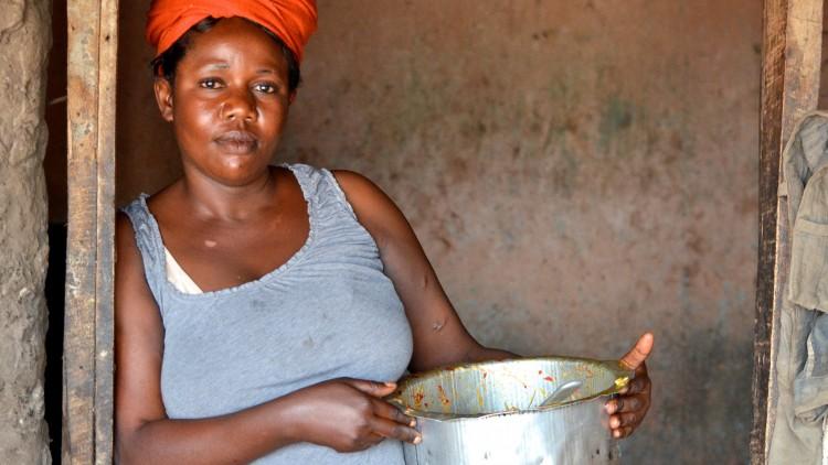 Burundi : Thérèse lance son « resto parapluie »