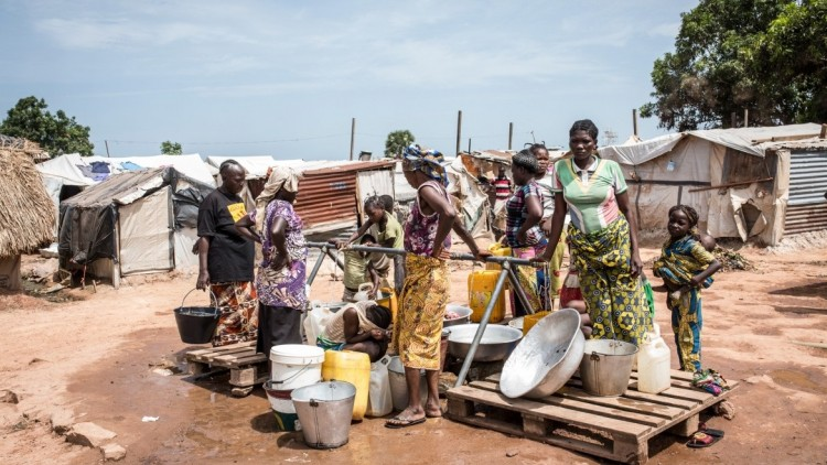 Central African Republic: Life within displaced people's camp