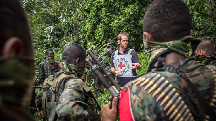 Le CICR et les groupes armés : un dialogue historique