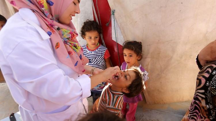 CICV ajuda a vacinar 15,8 mil crianças em campo de refugiados sírios no Líbano