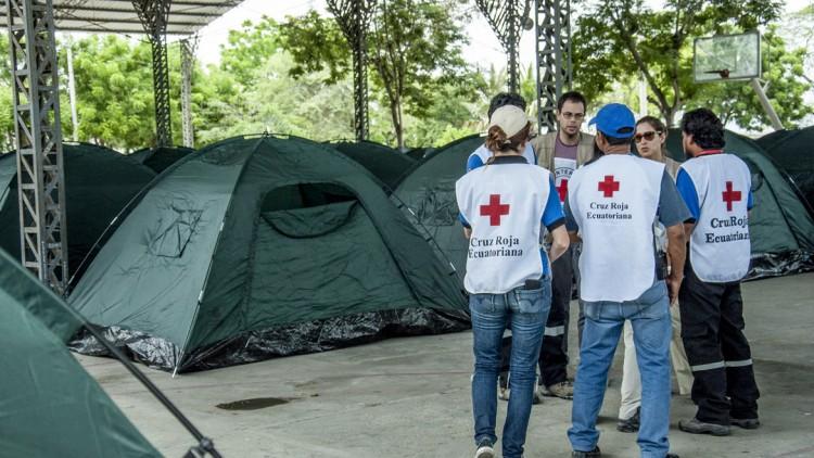 Ecuador tras el terremoto: restablecer el contacto entre familiares para aliviar la angustia