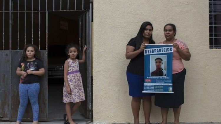 Brasil: mostra A falta que você faz