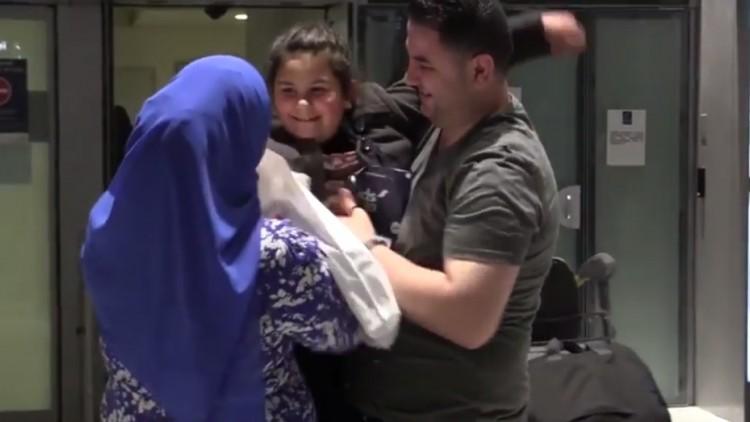 De Gaza a Paris: menina revê a família após três anos