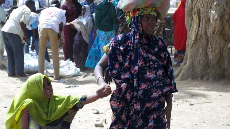 Nigeria: mientras los residentes huyen de la violencia y la desnutrición, se detecta sarampión en los niños