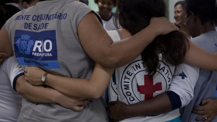 Trabajar juntos para reducir las consecuencias humanitarias de la violencia en Río de Janeiro
