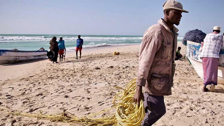 """Somalie : pêcher dans l'ancienne ville des """"pirates"""""""
