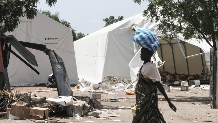 南苏丹:莱尔镇颠沛流离的生活