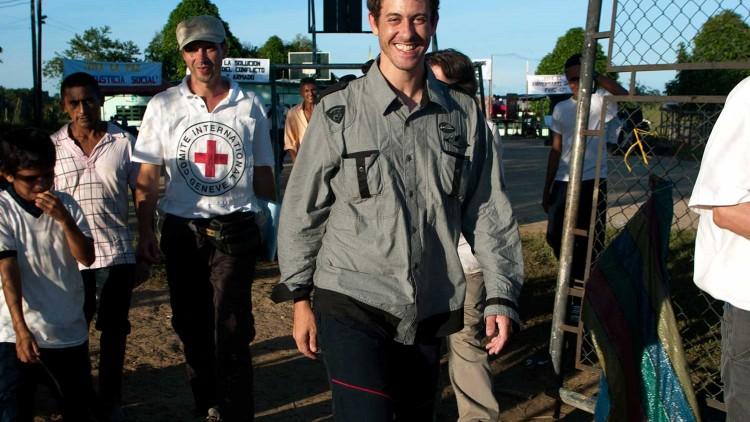 Защита журналистов и горячая линия МККК: вопросы и ответы