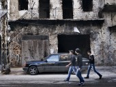 黎巴嫩北部,的黎波里贾巴穆森和巴卜-泰贝奈街区,那里的平民常常被困交火之中。