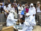 ICRC beekeeping livelihood project in the village of Al Radoo, in Abyan / CC BY-NC-ND/ICRC/B. Lamon