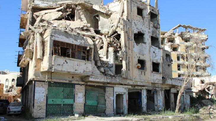 利比亚:战斗迫使学校和医院关闭,平民面临长期冲突带来的深重苦难