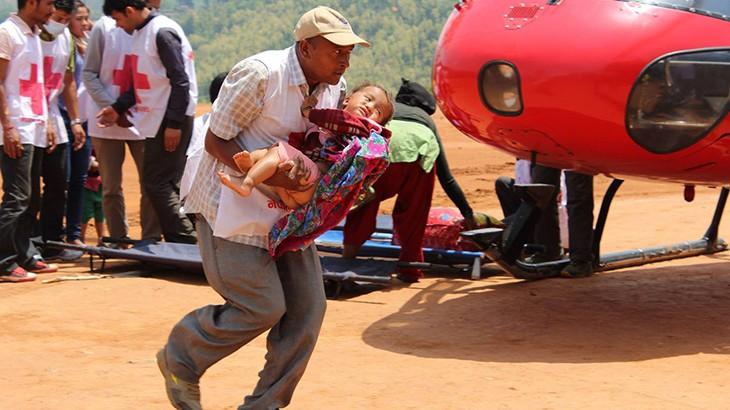 Nepal earthquake: Volunteer praised as local hero