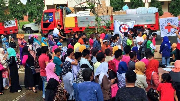 菲律宾:为南拉瑙省12500名流离失所者提供援助