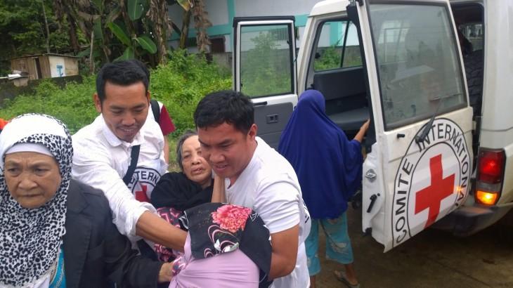 菲律宾:红十字国际委员会加大力度 应对马拉维市战斗导致的需求
