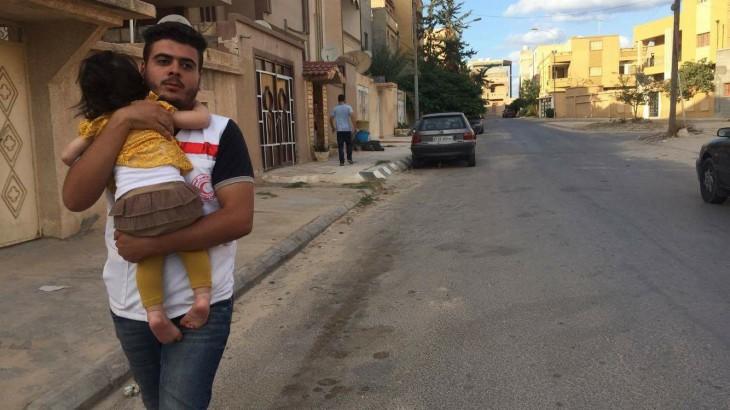 ليبيا: مواد طبية وغذائية، شريان حياة للمدنيين الفارِّين من القتال في صبراتة