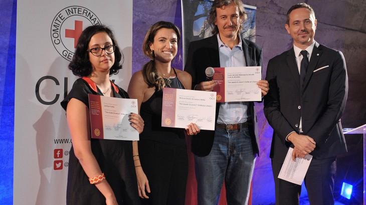 """Especial """"Um Mundo de Muros"""", da Folha de S.Paulo, vence prêmio de jornalismo humanitário"""