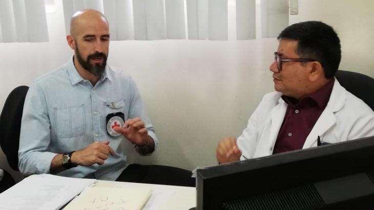 El Salvador: el Hospital Nacional Zacamil y el CICR unen esfuerzos para mejorar el acceso y la atención de salud a víctimas de violencia