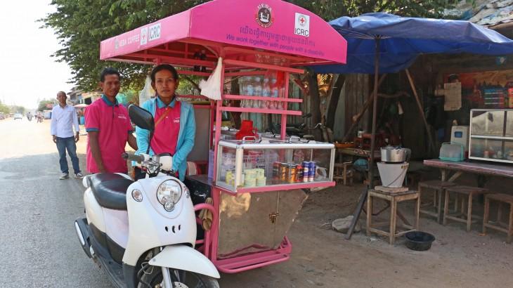 Camboja: novos meios de subsistência para as pessoas com deficiência