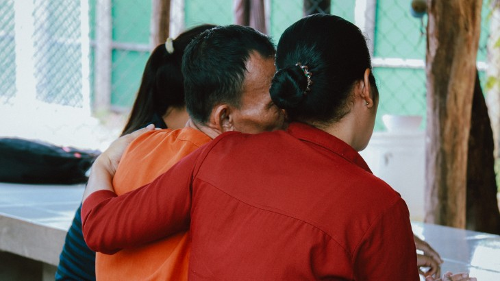 Cambodia: Apart for 2 years, detainee's family finally gets to meet him