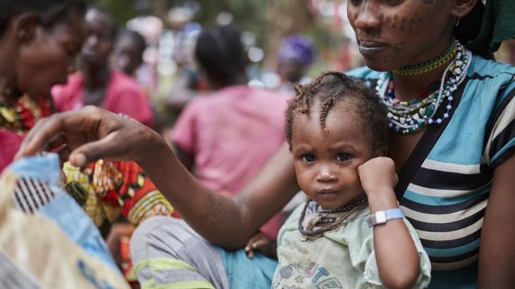 """中非共和国:暴力局势加剧了""""被忽视的人道悲剧"""",半数民众需要援助"""