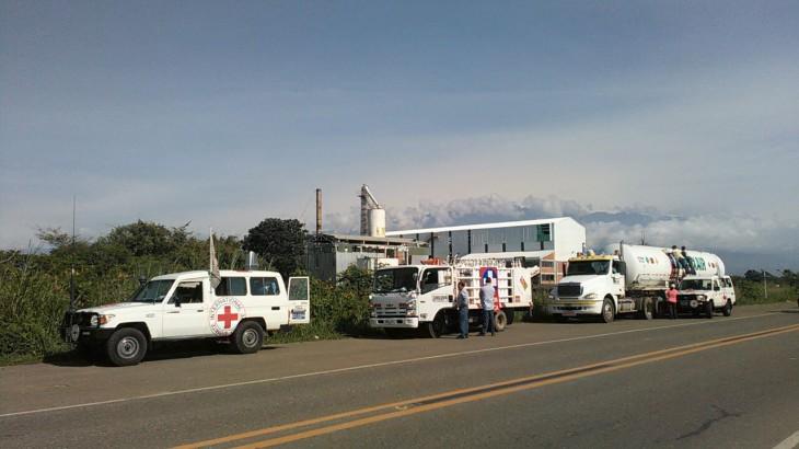 Colombia: caravana transporta oxígeno a zonas afectadas por movilizaciones