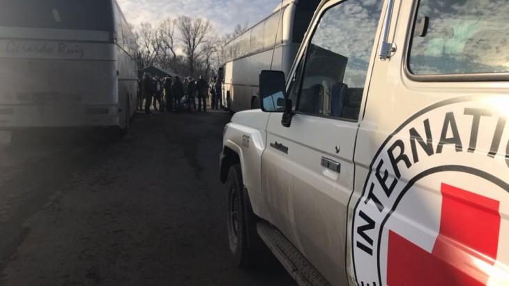 乌克兰:红十字国际委员会参与300余名在押人员的释放与移交工作