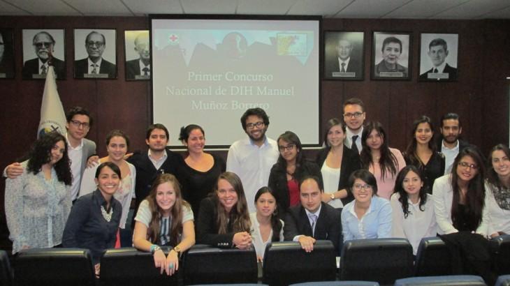 Ecuador: equipo de Universidad San Francisco gana primer concurso interuniversitario de DIH