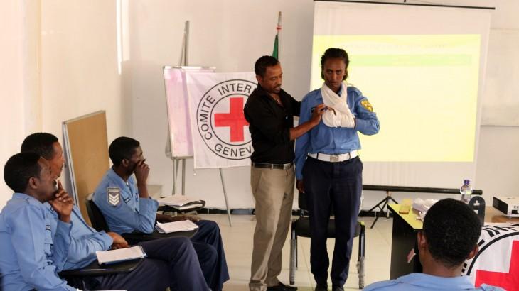 埃塞俄比亚警察接受急救和人道原则培训