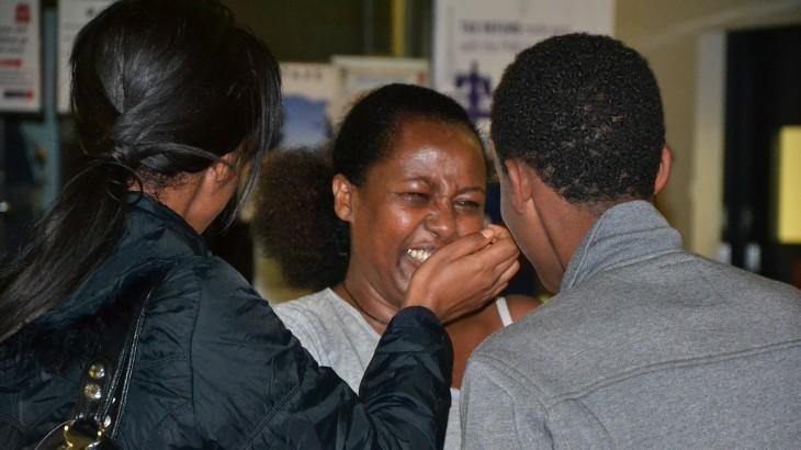 Etiopía: al reencontrarse con su madre, dos jóvenes pasan del dolor a la alegría