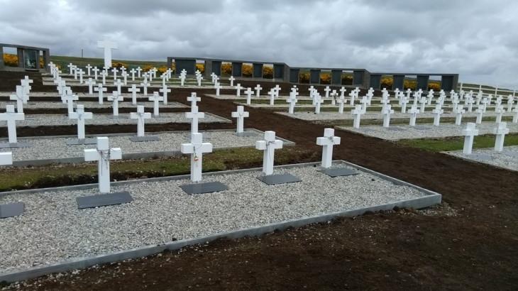 Falkland Islands (Malvinas): Forensic identification of fallen Argentine soldiers begins