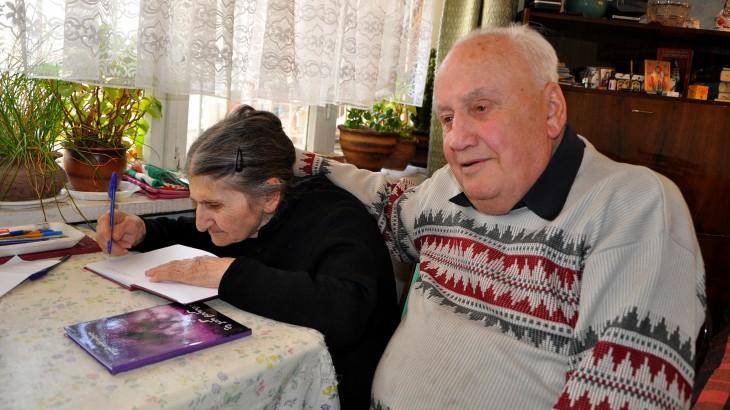 Грузия / Абхазия: возвращение останков родственникам приносит им утешение
