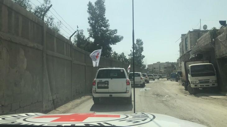 Syrie : un premier convoi de secours essentiels parvient aux personnes piégées dans la Ghouta orientale