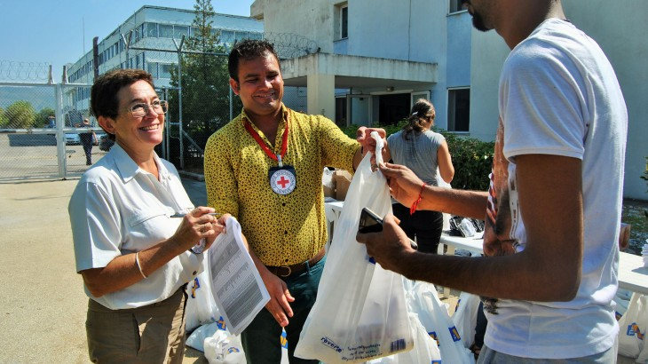 ICRC in Greece: Activities for migrants