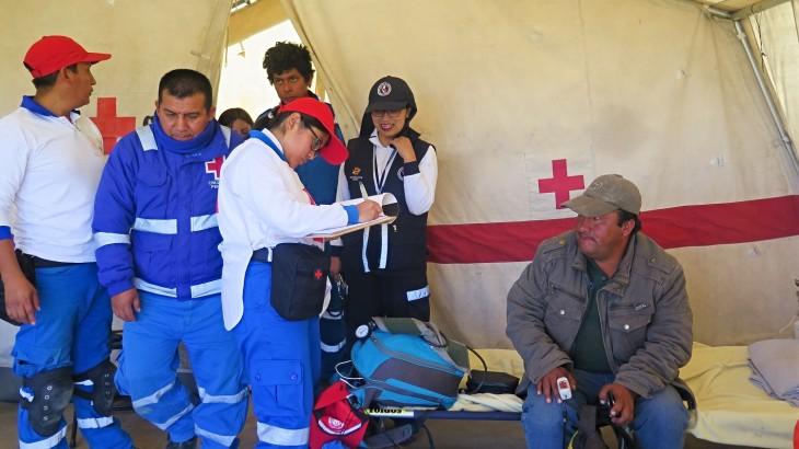 Perú: voluntarios trabajan para facilitar el reencuentro de familiares separados