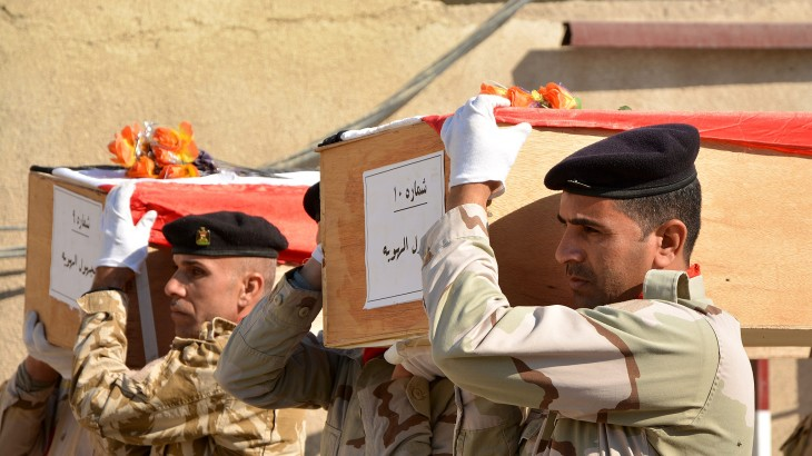 Iran/Iraq: Soldiers' remains returned to families
