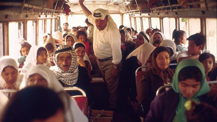 التواصل بين المعتقلين الفلسطينيين وعائلاتهم مسؤوليةُ إسرائيل  بموجب القانون الدولي الإنساني