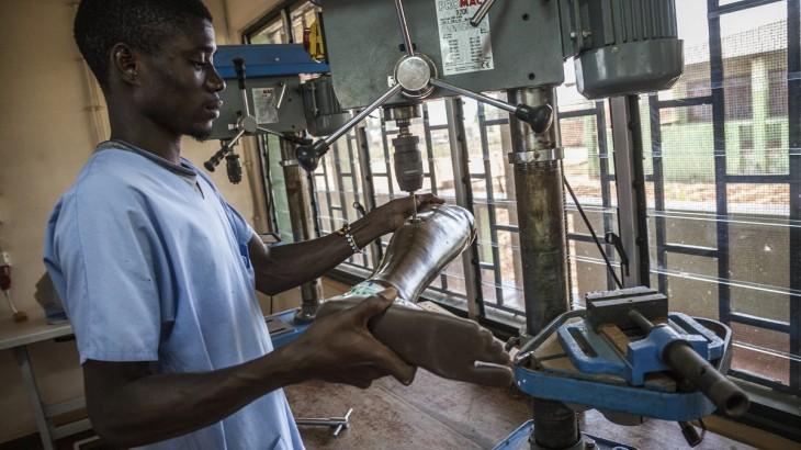 Guiné-Bissau: 1,9 mil pessoas receberam tratamento de reabilitação em 2015