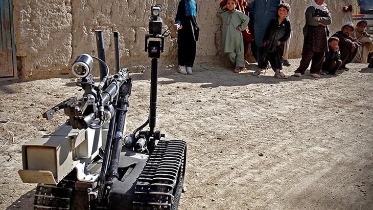 自主性武器:杀戮和摧毁的决定应该由人类做出