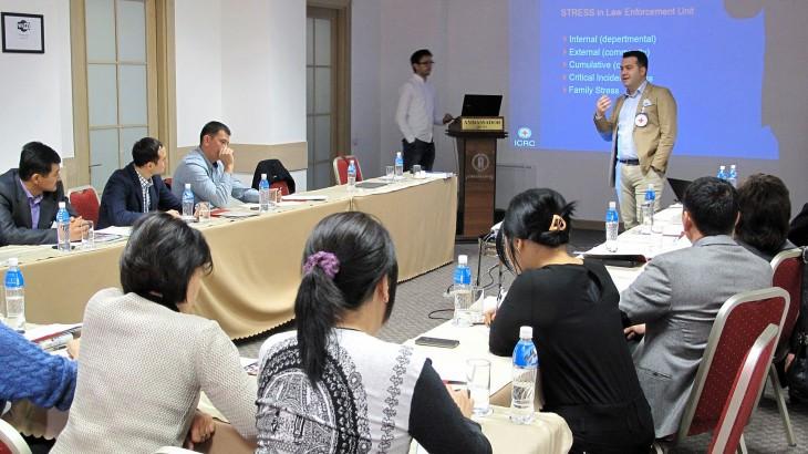 Кыргызстан: семинары для офицеров МВД и Академии МВД