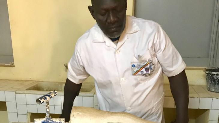 Mali: pessoas com deficiência desafiam as dificuldades