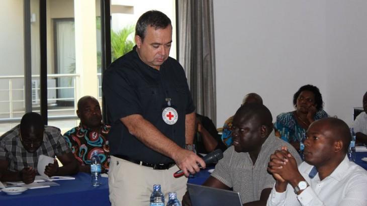 莫桑比克:警务人员学习国际警务规则与标准