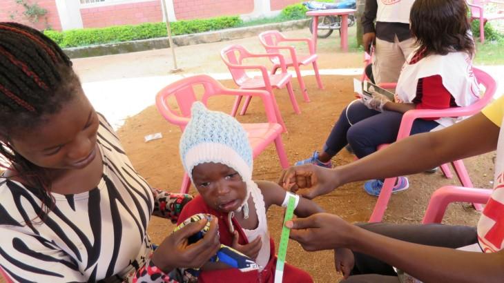 尼日利亚:为因暴力局势而流离失所的2.2万名高原州民众提供紧急援助
