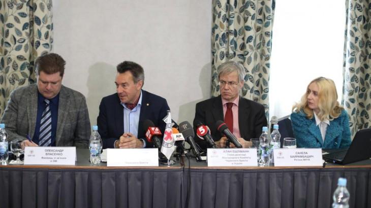 Украина: «Ухудшение условий проживания гражданских лиц вдоль линии соприкосновения вызывает тревогу»