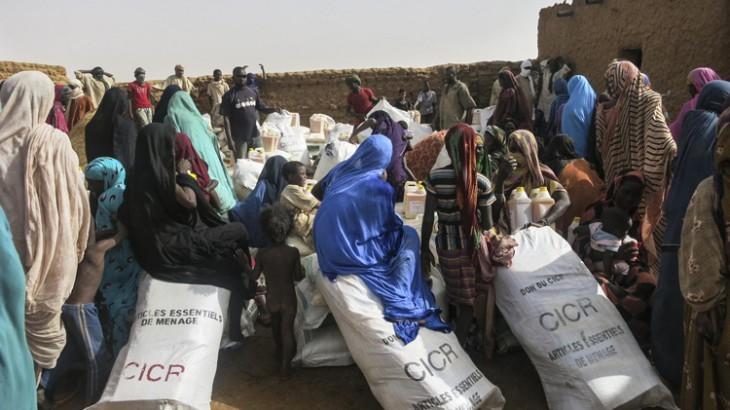 Malí: numerosas familias sufren graves penurias a causa de la violencia
